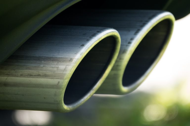 dual-exhaust