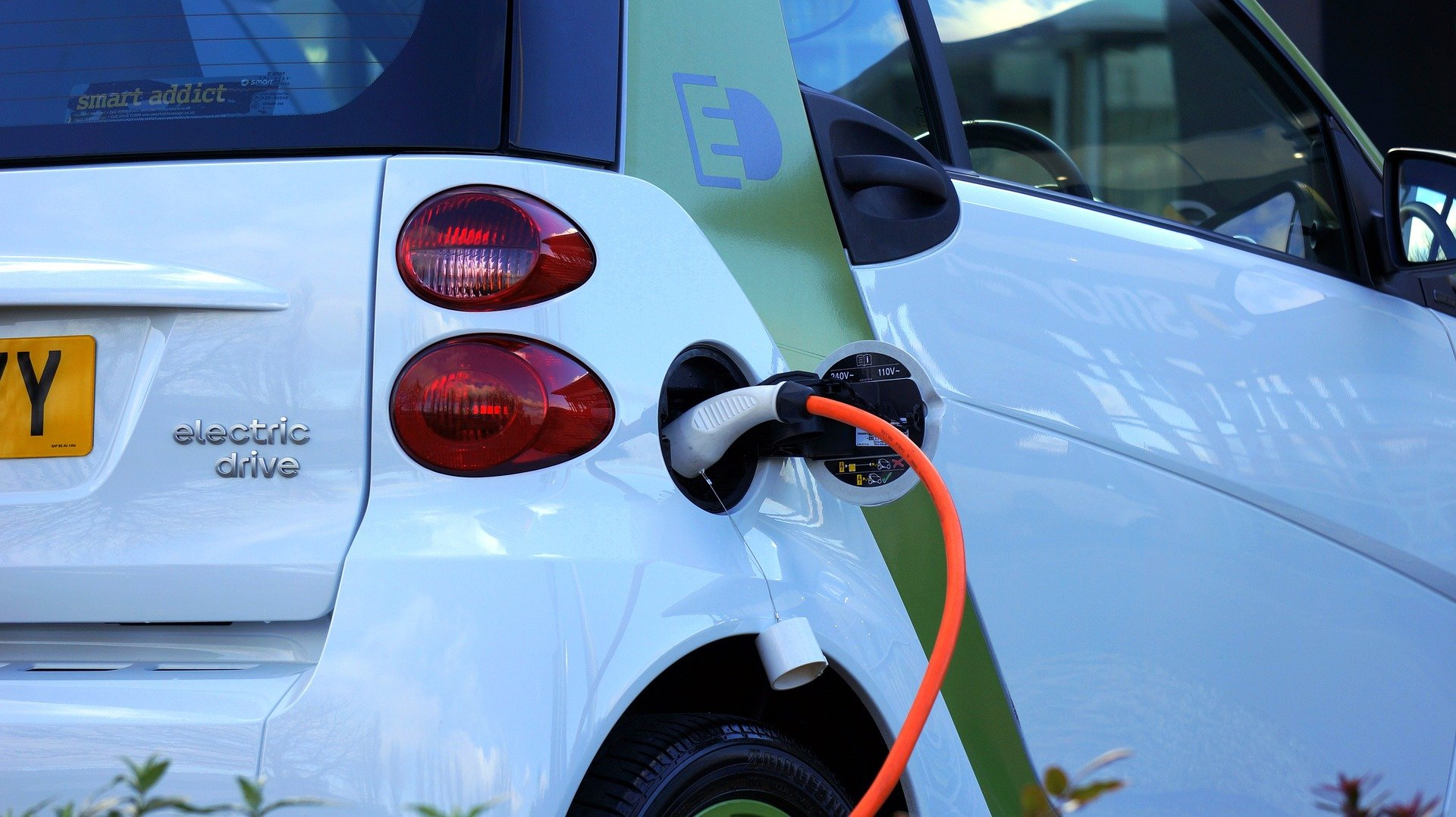 Electric Smart Car on Charge